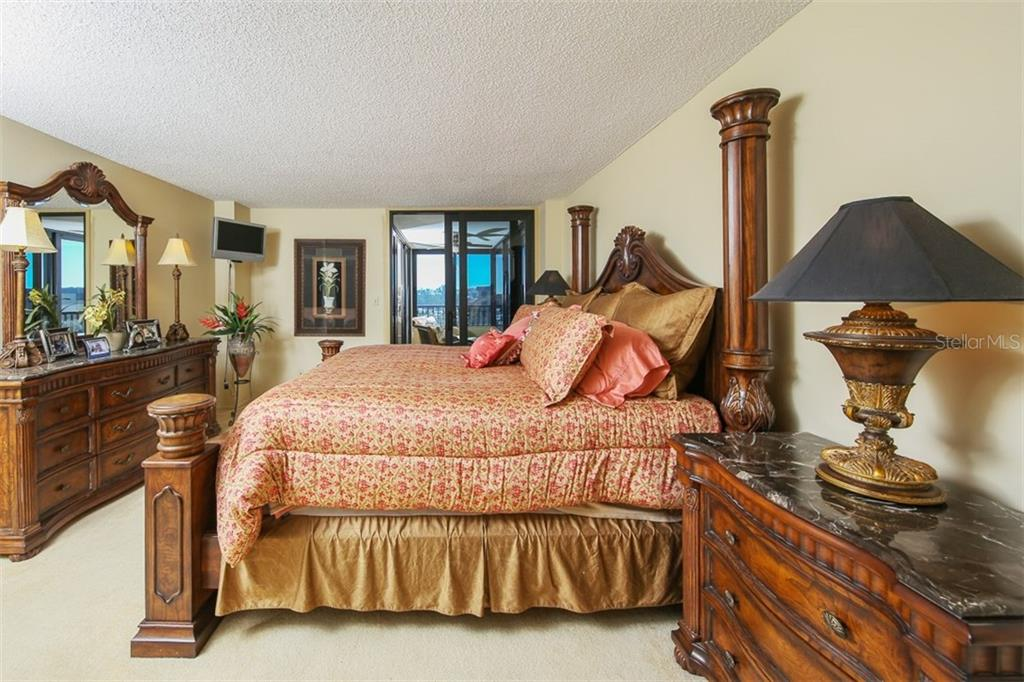 Master Bedroom - Condo for sale at 5760 Midnight Pass Rd #702, Sarasota, FL 34242 - MLS Number is D5916943