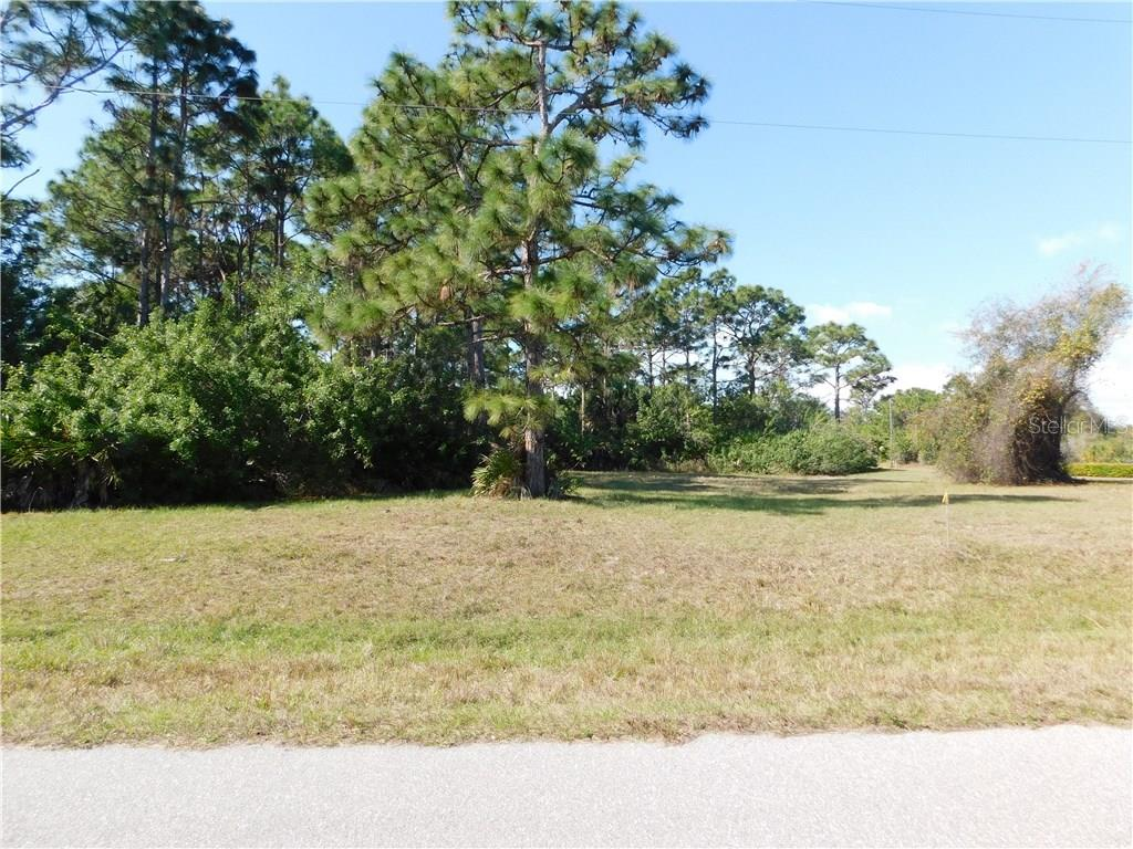 In a beautiful section of Rotonda. - Vacant Land for sale at 193 Australian Dr, Rotonda West, FL 33947 - MLS Number is D5917158