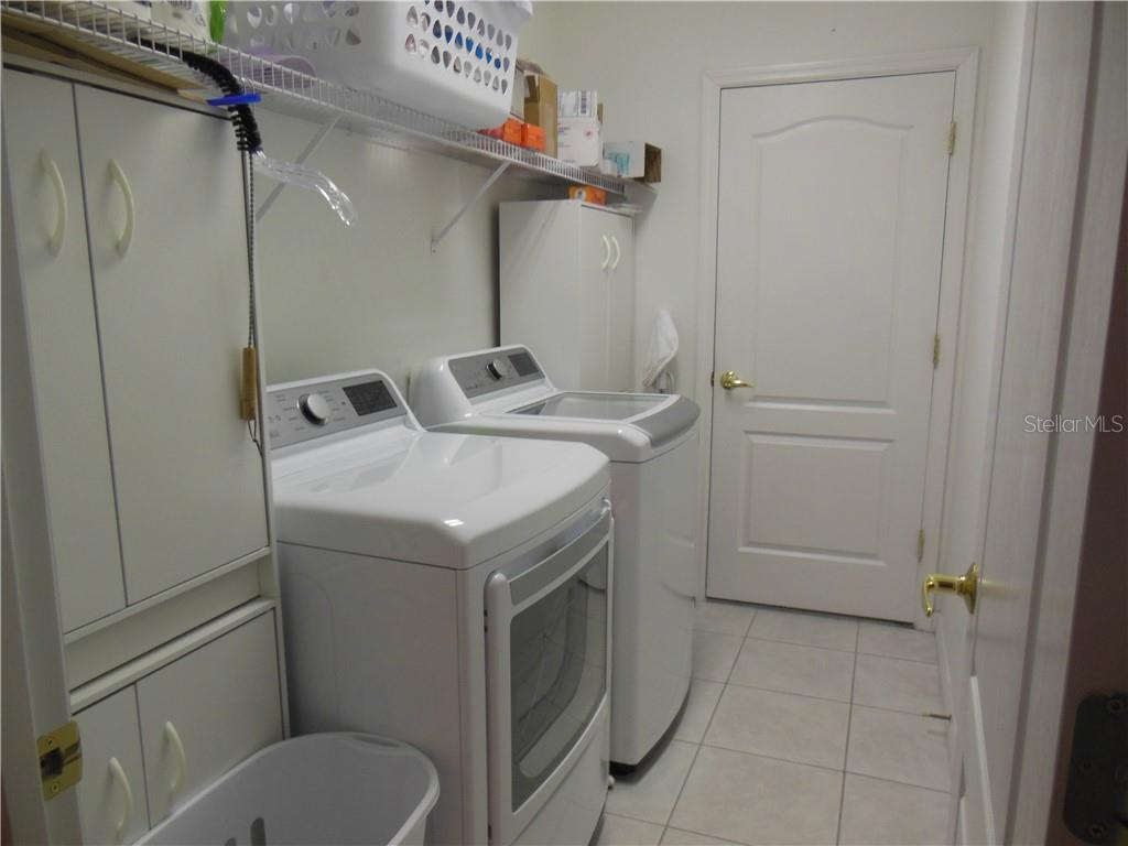 Laundry Room - Villa for sale at 1116 Yosemite Dr, Englewood, FL 34223 - MLS Number is D6100080