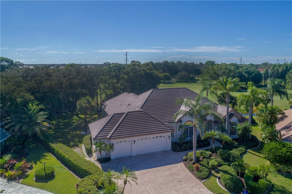 Aerial View - Single Family Home for sale at 422 Wincanton Pl, Venice, FL 34293 - MLS Number is D6101809