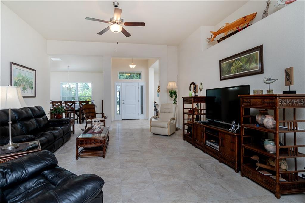 Plenty of space for easy entertaining. - Single Family Home for sale at 71 Mariner Ln, Rotonda West, FL 33947 - MLS Number is D6101950