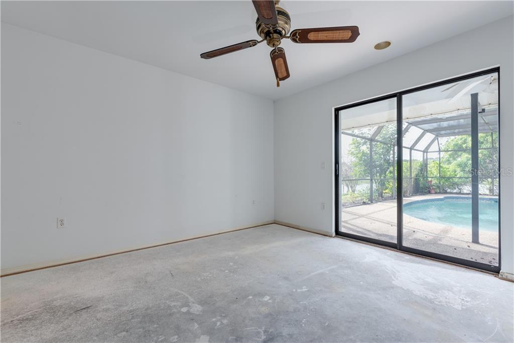 Guest Bedroom - Single Family Home for sale at 487 Dover Cir, Englewood, FL 34223 - MLS Number is D6104435