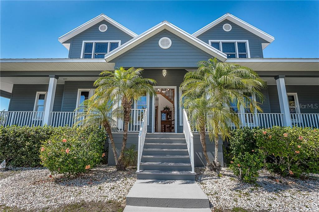 Welcome to 550 S Oxford - Single Family Home for sale at 550 S Oxford Dr, Englewood, FL 34223 - MLS Number is D6111512