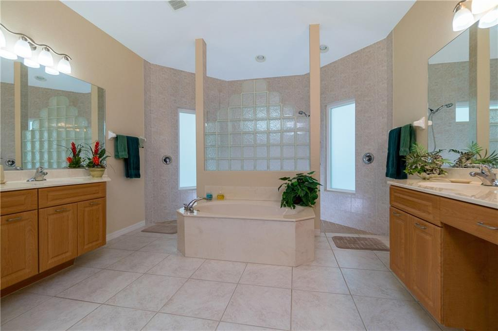 Unbelievable master bath! - Single Family Home for sale at 439 Boundary Blvd, Rotonda West, FL 33947 - MLS Number is D6114162
