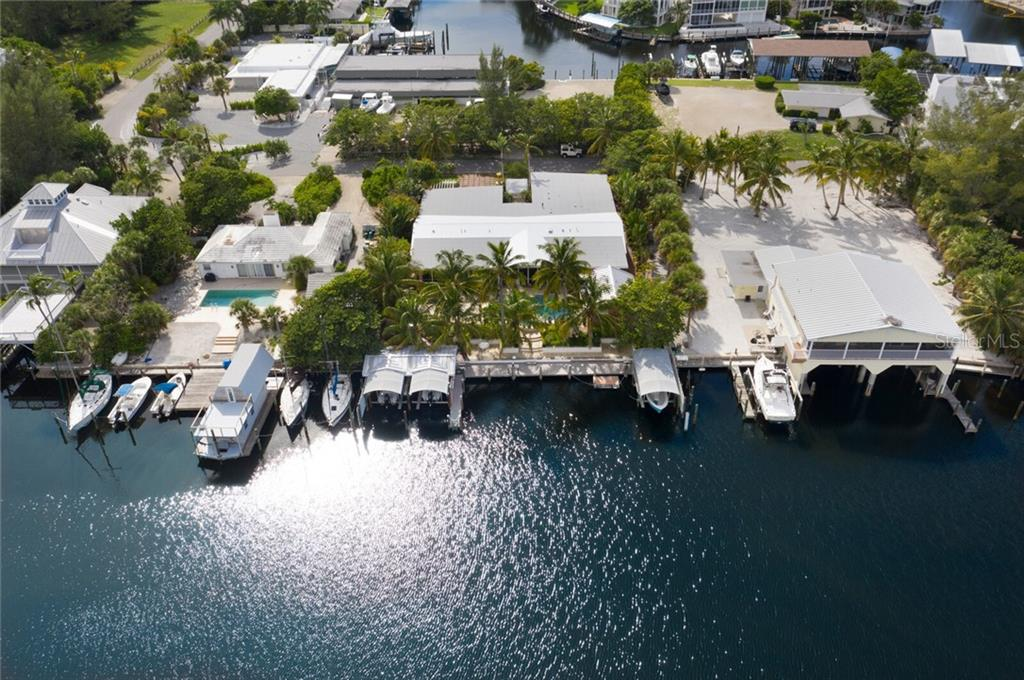 Single Family Home for sale at 200 Damficare St, Boca Grande, FL 33921 - MLS Number is D6114346