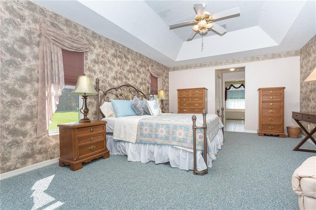 Large master suite - Single Family Home for sale at 1720 Larson St, Englewood, FL 34223 - MLS Number is D6114414