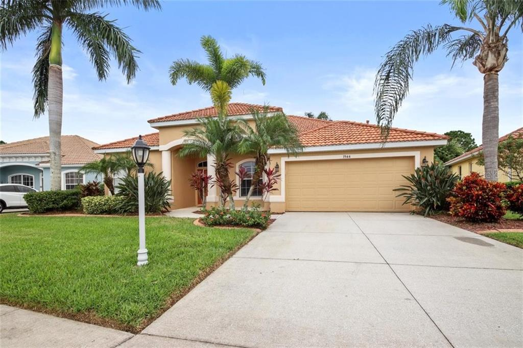 Single Family Home for sale at 1944 Coconut Palm Cir, North Port, FL 34288 - MLS Number is D6114523