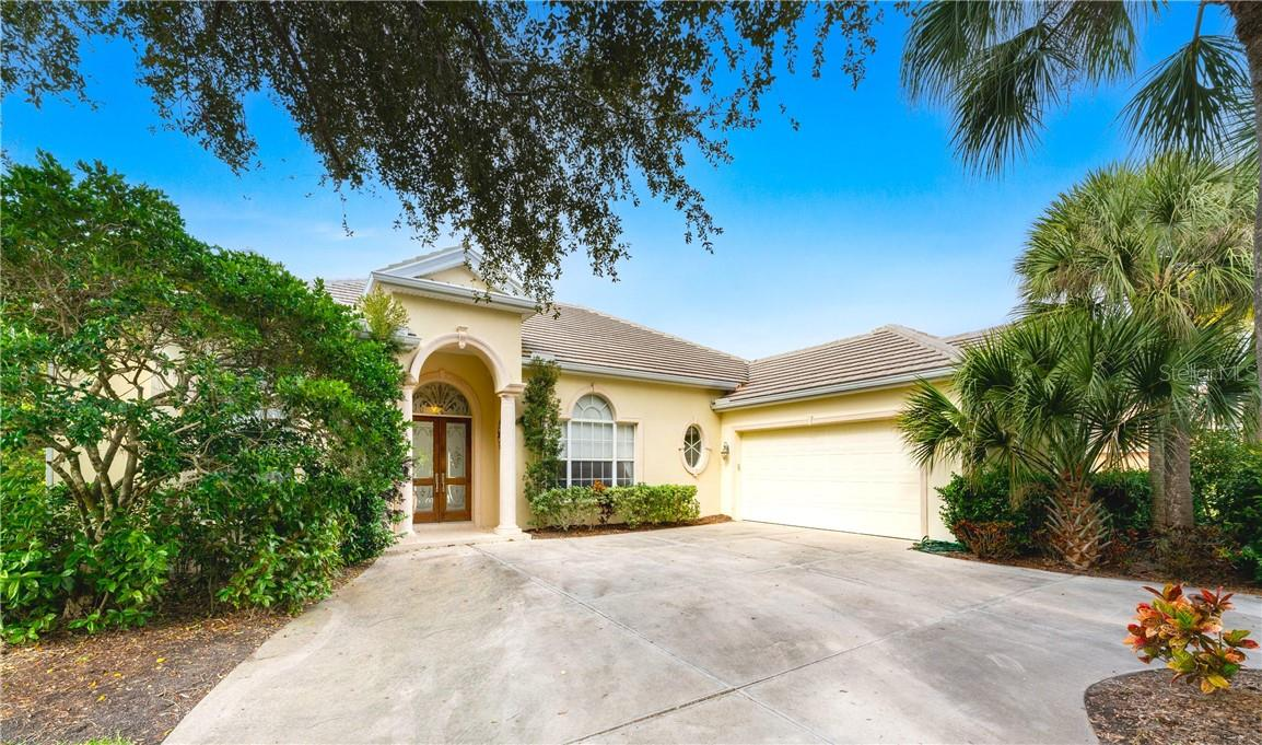 Single Family Home for sale at 37 Grand Palms Blvd, Englewood, FL 34223 - MLS Number is D6116459
