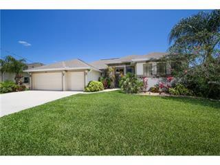 1051 Rotonda Cir, Rotonda West, FL 33947