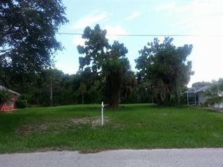 32 Sportsman Way, Rotonda West, FL 33947