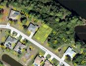 14 Sportsman Cir, Rotonda West, FL 33947