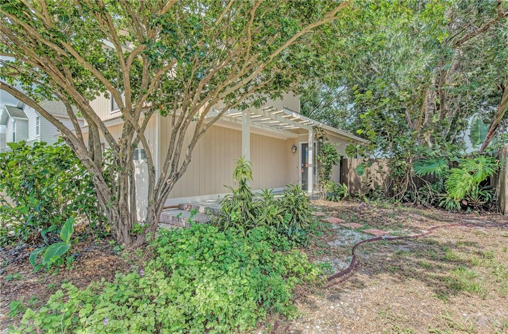 Community Disclosure - Single Family Home for sale at 5121 Birch Ave, Sarasota, FL 34233 - MLS Number is T3113695