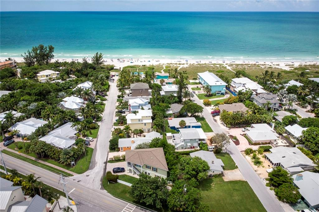 Single Family Home for sale at 206 77th St, Holmes Beach, FL 34217 - MLS Number is T3189824