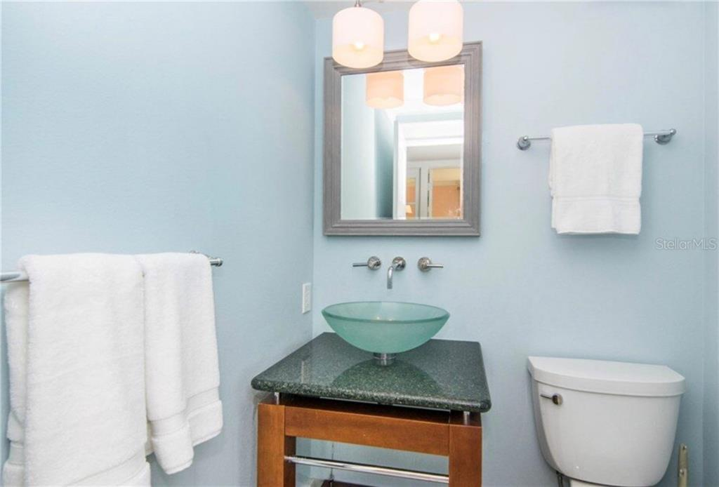Main Floor Powder Room - Single Family Home for sale at 511 Loquat Dr, Anna Maria, FL 34216 - MLS Number is T3196169