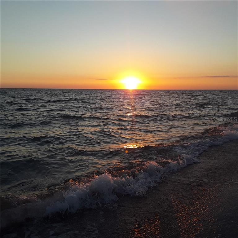 AHHH A GREAT END TO ANOTHER DAY IN PARADISE,,,,BEAUTIFULL - Single Family Home for sale at 5171 Albion Rd, Venice, FL 34293 - MLS Number is V4914784