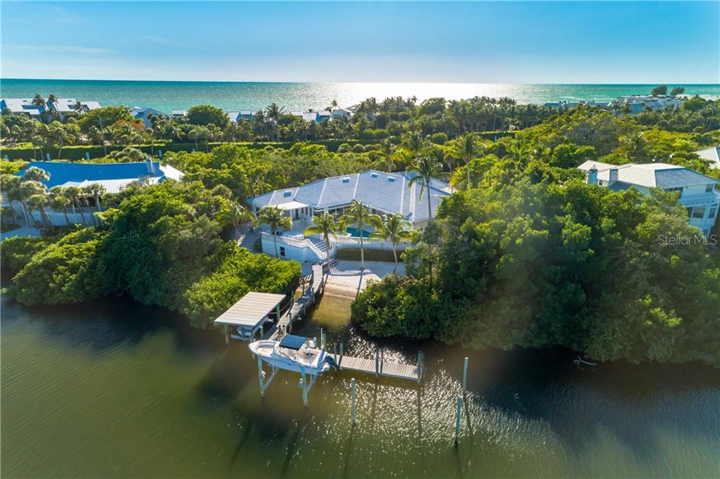Offer Showings - Single Family Home for sale at 28 Grouper Hole Dr, Boca Grande, FL 33921 - MLS Number is U8083181