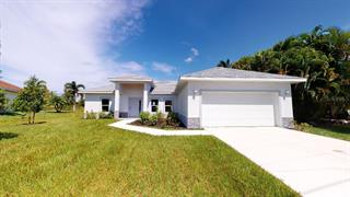 9 Bail Ct, Placida, FL 33946