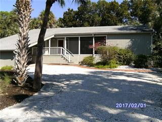4923 Commonwealth Dr, Sarasota, FL 34242