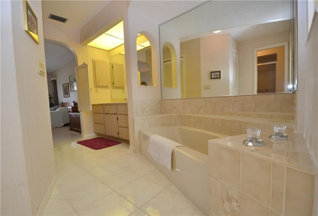 Garden tub - Single Family Home for sale at 2601 Parisian Ct, Punta Gorda, FL 33950 - MLS Number is C7244389
