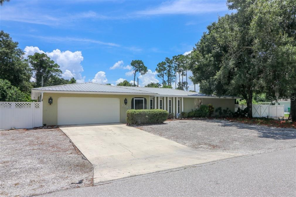 New Supplement - Single Family Home for sale at 3262 Great Neck St, Port Charlotte, FL 33952 - MLS Number is C7403390