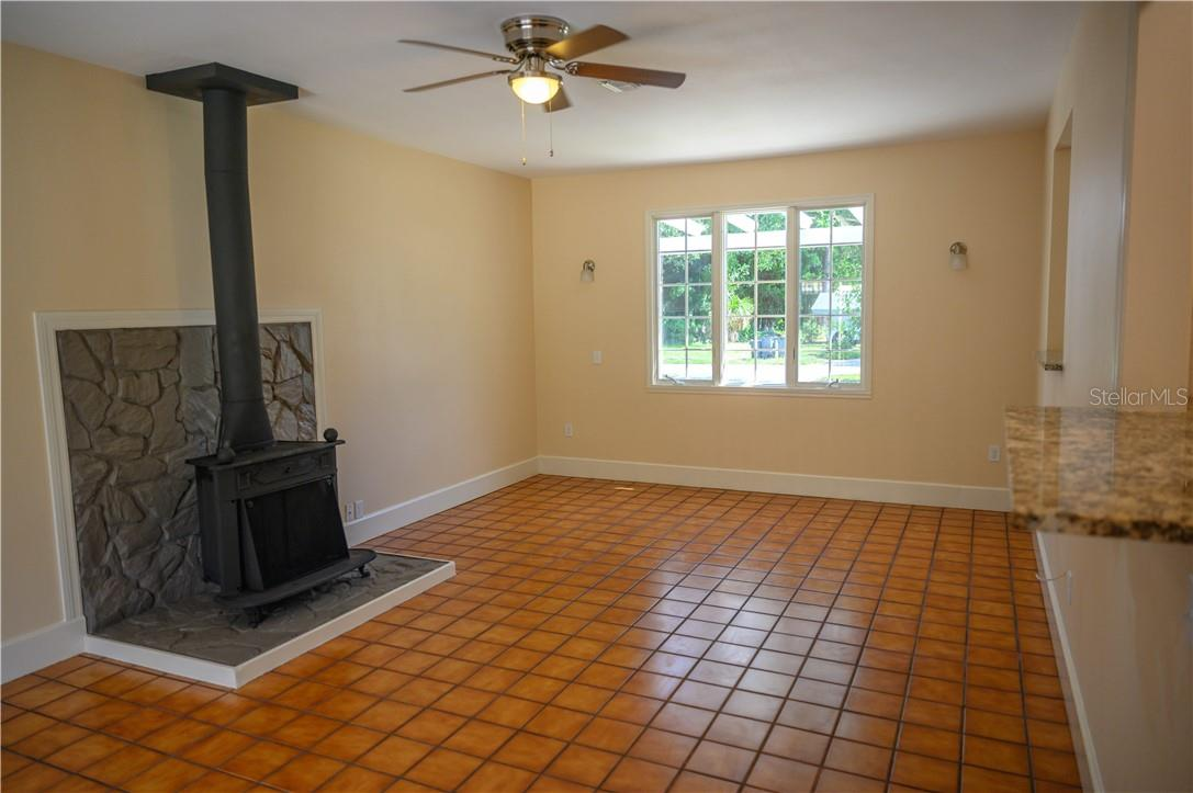 Single Family Home for sale at 222 Pavonia Rd, Nokomis, FL 34275 - MLS Number is C7432953