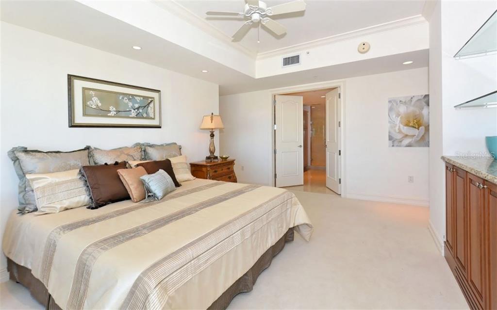 Additional photo for property listing at 1111 Ritz Carlton Dr #1603  Sarasota, Florida,34236 United States