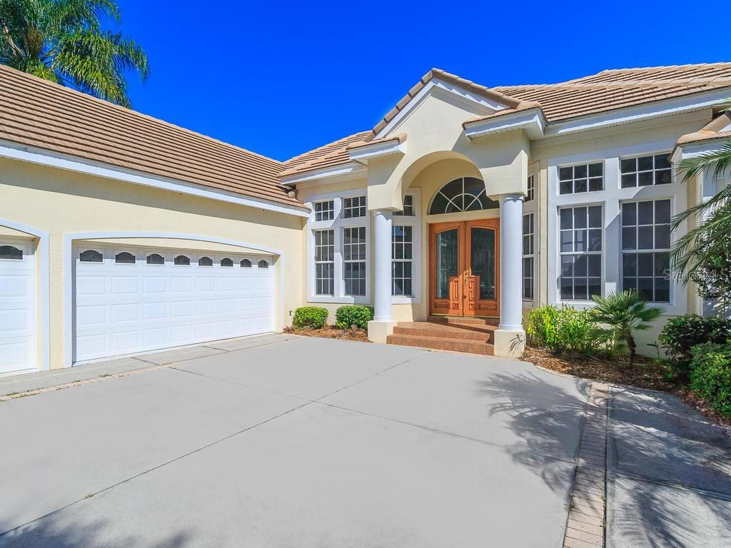 University Park  fees - Single Family Home for sale at 7607 Heathfield Ct, University Park, FL 34201 - MLS Number is A4154606