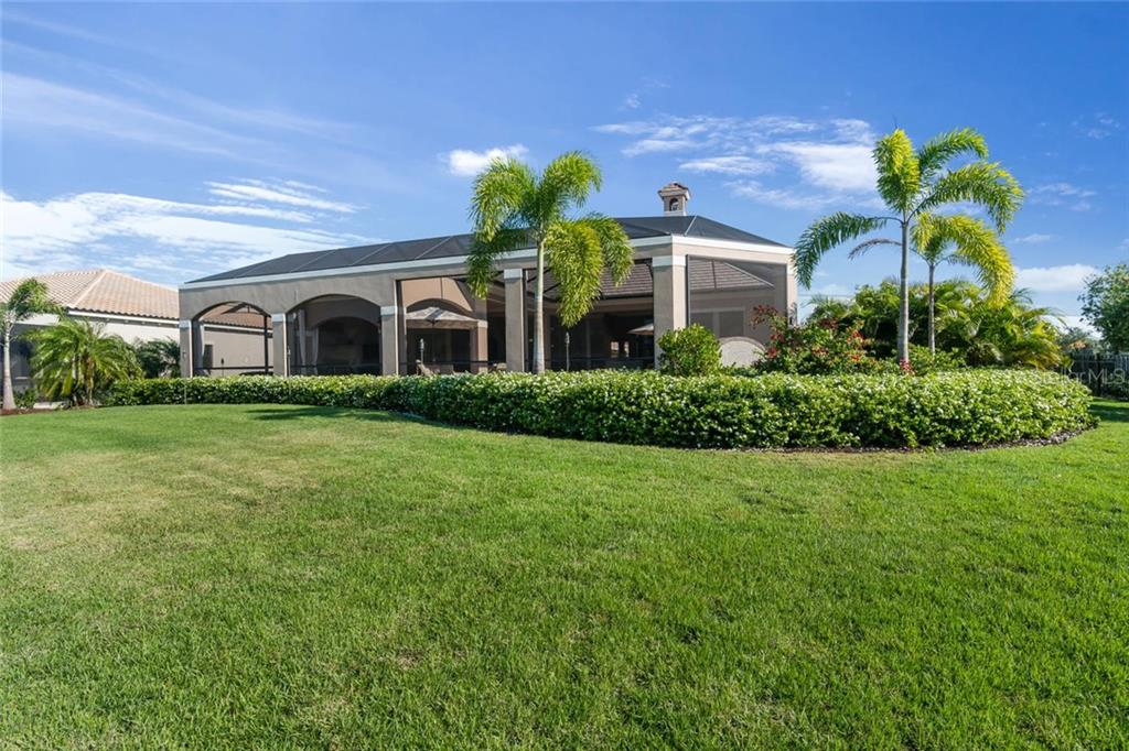 Single Family Home for sale at 16318 Daysailor Trl, Lakewood Ranch, FL 34202 - MLS Number is A4170081