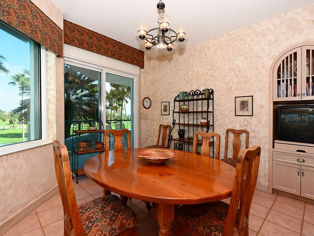 Eating Space in Kitchen - Single Family Home for sale at 655 Longboat Club Rd #13a, Longboat Key, FL 34228 - MLS Number is A4171637
