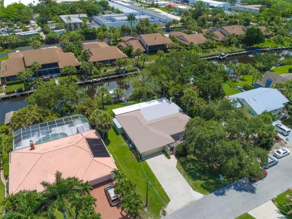 Aerial view - Single Family Home for sale at 6701 Avenue B, Sarasota, FL 34231 - MLS Number is A4171657