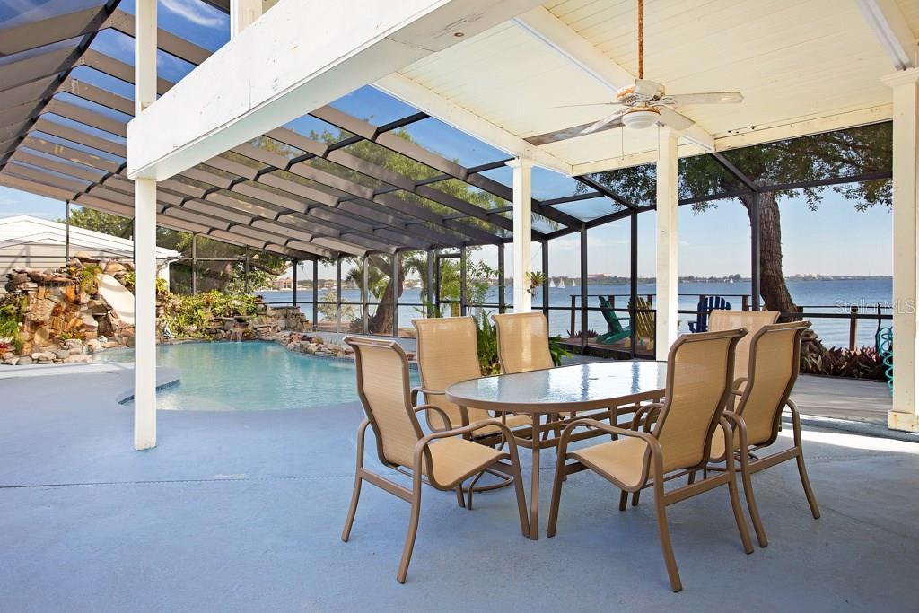 1430 Point Crisp Rd, Sarasota, FL 34242 - photo 22 of 25
