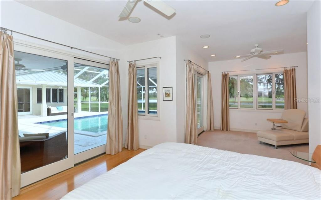 Master Bedroom - Single Family Home for sale at 3111 Dick Wilson Dr, Sarasota, FL 34240 - MLS Number is A4176685
