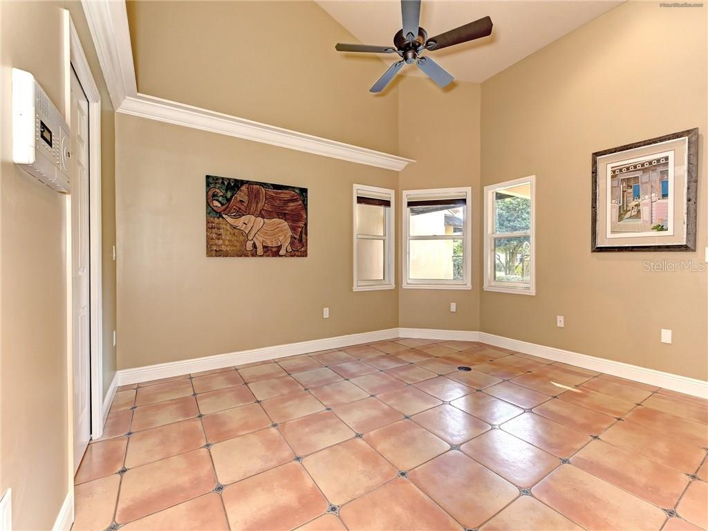 Single Family Home for sale at 7577 Calle Facil, Sarasota, FL 34238 - MLS Number is A4176695