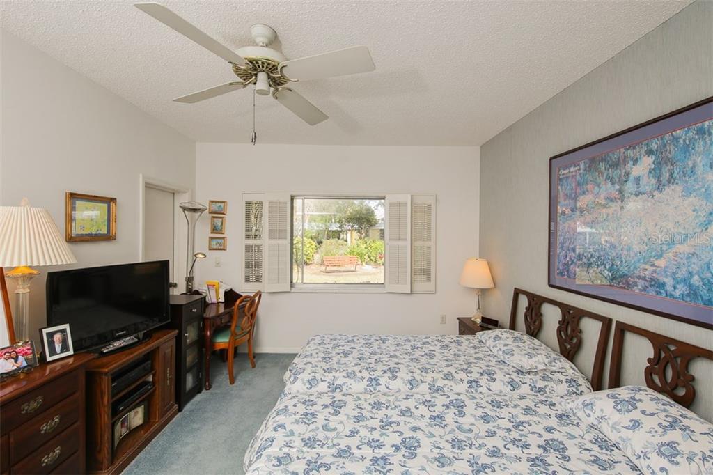 5811 Tidewood Ave #22, Sarasota, FL 34231 - photo 12 of 22