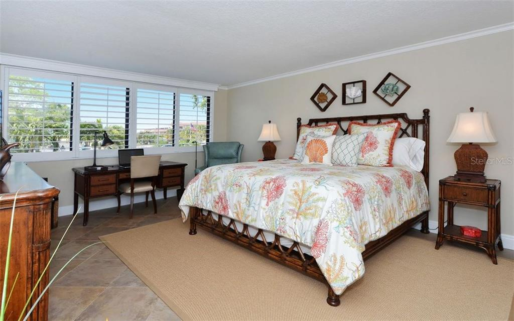 Master bedroom - Condo for sale at 6263 Midnight Pass Rd #101, Sarasota, FL 34242 - MLS Number is A4182245