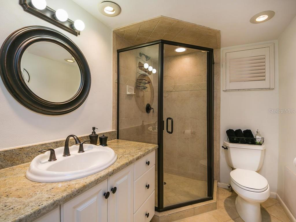 Master bathroom - Condo for sale at 4708 Ocean Blvd #e8, Sarasota, FL 34242 - MLS Number is A4184028