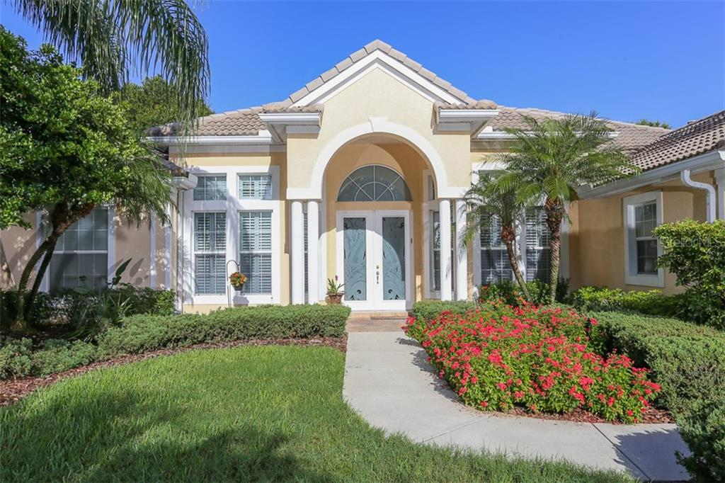Single Family Home for sale at 7010 Lancaster Ct, University Park, FL 34201 - MLS Number is A4184030