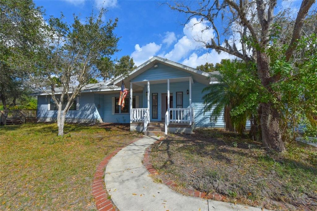 Single Family Home for sale at 5220 69th St E, Palmetto, FL 34221 - MLS Number is A4184034