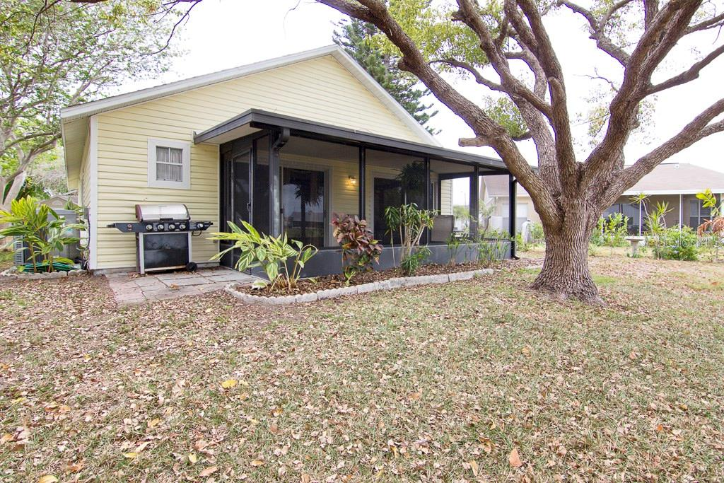 Back yard - Single Family Home for sale at 3948 37th Street Ct W, Bradenton, FL 34205 - MLS Number is A4184874