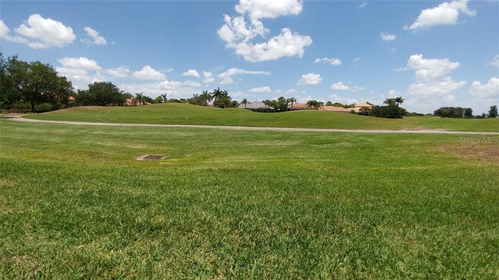 Golf course view - Single Family Home for sale at 7111 Sandhills Pl, Lakewood Ranch, FL 34202 - MLS Number is A4185112