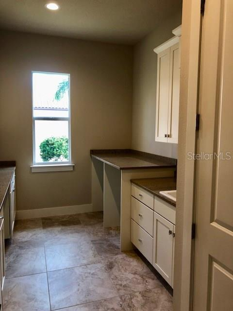 The other half of this amazing laundry room - Single Family Home for sale at 4046 Mayors Ct, Sarasota, FL 34240 - MLS Number is A4185203