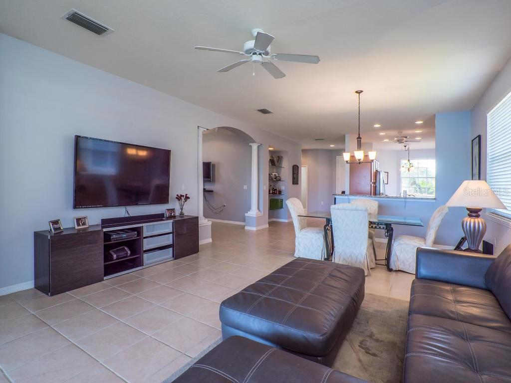 Living room - Single Family Home for sale at 4294 Reflections Pkwy, Sarasota, FL 34233 - MLS Number is A4185695