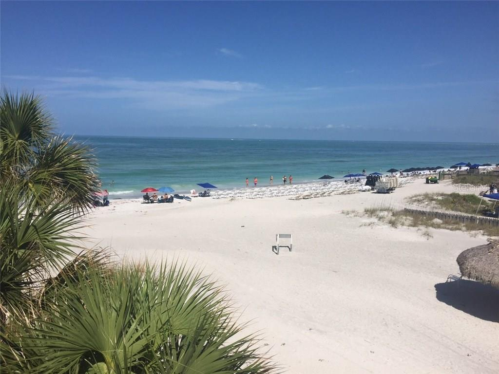 Enjoy a day at the beach or a beautiful sunset. Lido Beach and St. Armand's Circle are just 5 miles away. - Single Family Home for sale at 938 Highland St, Sarasota, FL 34234 - MLS Number is A4186423