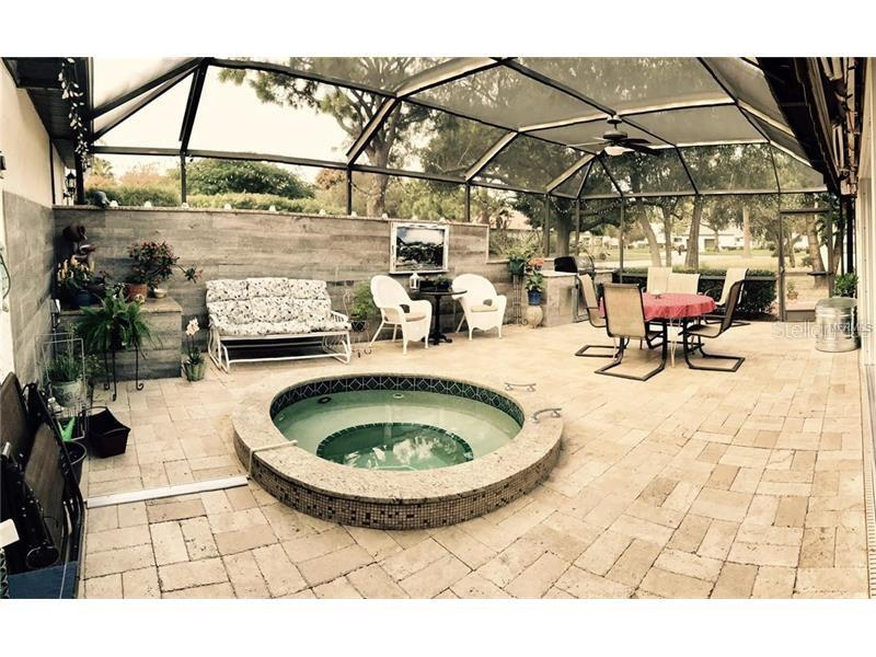 Single Family Home for sale at 3007 Rosemead, Sarasota, FL 34235 - MLS Number is A4186869
