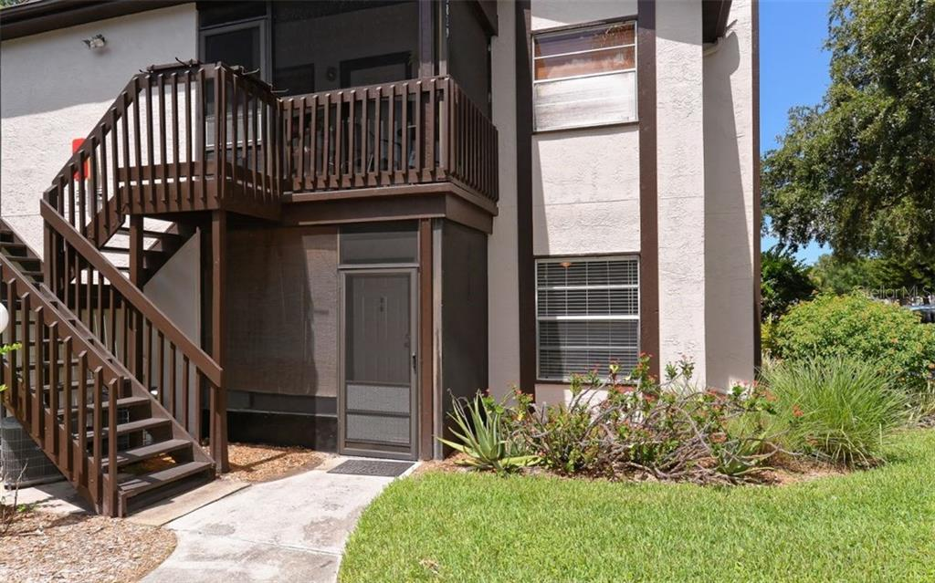 First floor end unit in Mirror Lake. - Condo for sale at 3827 59th Ave W #4157, Bradenton, FL 34210 - MLS Number is A4190340