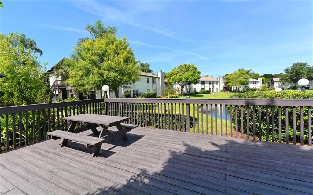 Enjoy an afternoon picnic - Condo for sale at 3827 59th Ave W #4157, Bradenton, FL 34210 - MLS Number is A4190340