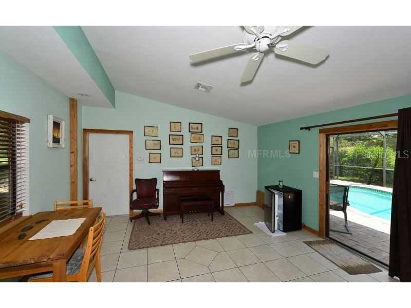 Studio/Apartment - Single Family Home for sale at 243 Verna Rd, Sarasota, FL 34240 - MLS Number is A4191830