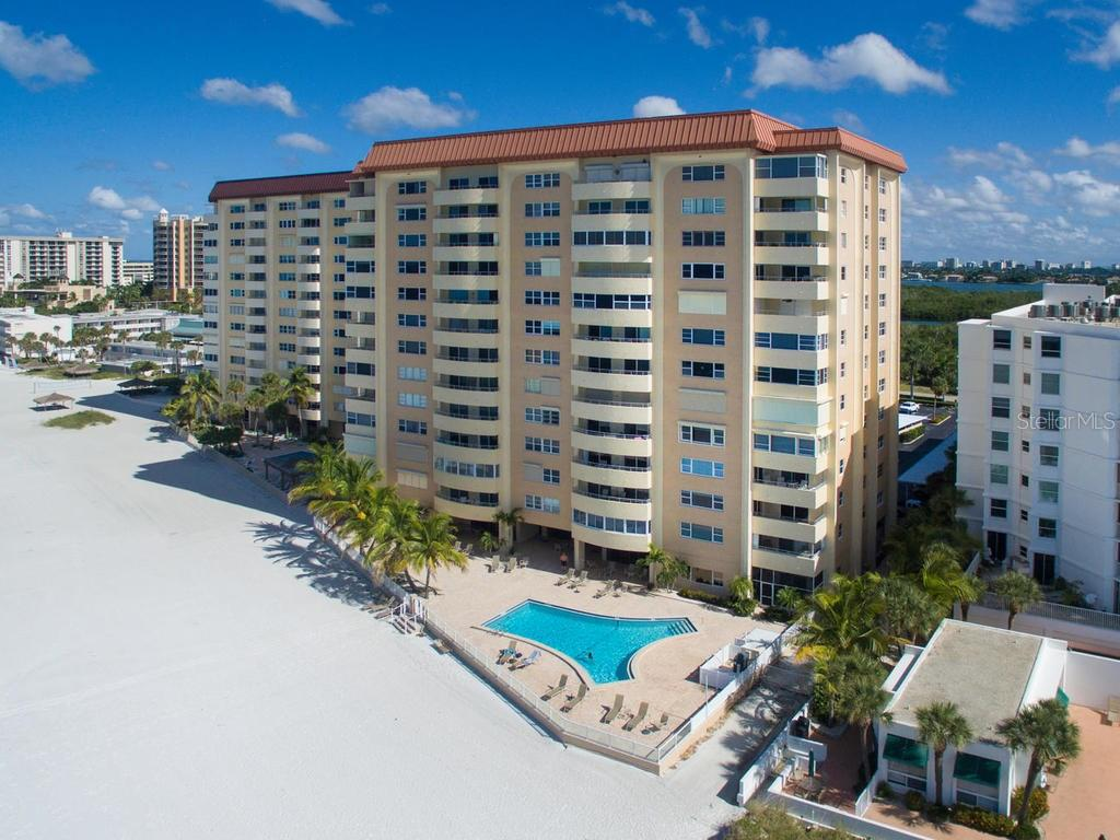 Pool overlooking Gulf - Condo for sale at 1750 Benjamin Franklin Dr #5g, Sarasota, FL 34236 - MLS Number is A4192160