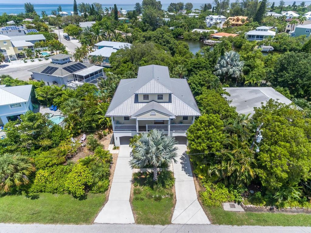 Single Family Home for sale at 727 Holly Rd, Anna Maria, FL 34216 - MLS Number is A4193232