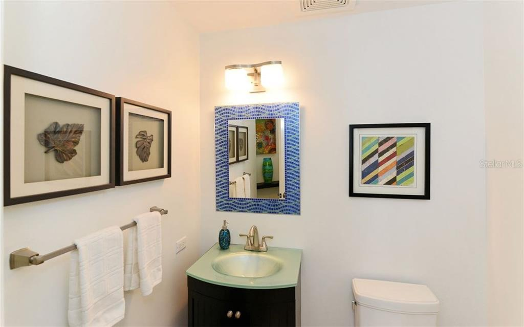 UPDATED POWDER BATH. NEW VANITY. - Condo for sale at 100 Central Ave #h716, Sarasota, FL 34236 - MLS Number is A4193586